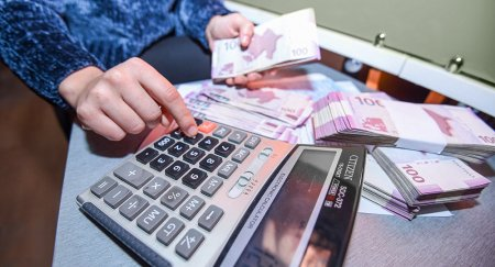 Seçkiöncəsi Azərbaycanda kredit borcları silinəcək?