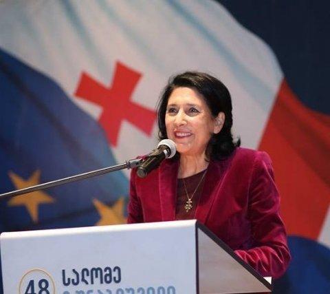 Fransa Gürcüstana da lövbər salır: Zurabişvili ermənipərəstdir? - Gündəm…