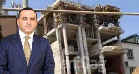 Ramin Bayramlının qohumu jurnalistlərə hücum etdi, villanı çəkməyə qoymadı  ...