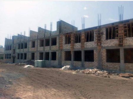 Qəbələ rayonunun Zarağan kəndində 528 şagird yerlik yeni məktəb binasının tikintisi davam edir
